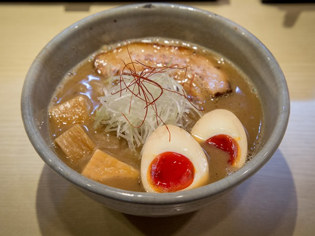 Menya Takakura Nijo1